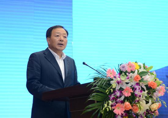 延边州人民政府州长金寿浩在开幕式上致辞