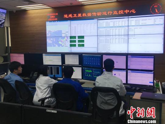 中国遥感卫星地面站北京本部数据传输运行监控中心现场。中科院遥感地球所 供图