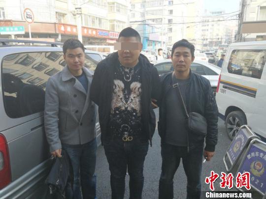延边州警方在长春抓获犯罪嫌人王某 警方供图 摄