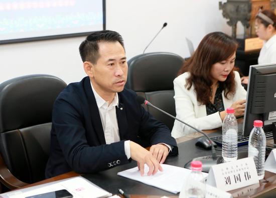 吉林艺术学院科研处处长刘国伟担任中国满语言文化发展联盟秘书长。