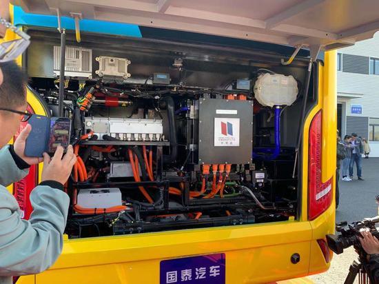新能源汽车采用注册新宝GG新宝GG娱乐注册国内领先注册新宝GG氢燃料系统集成技术和车辆控制技术。袁子淇 摄
