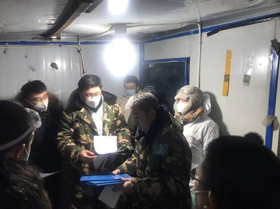 长春市南关区机关党员领导干部投入新型冠状病毒感染的肺炎疫情防控工作