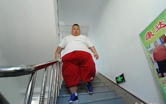 510斤网络主播长春减肥曾一顿吃半只羊