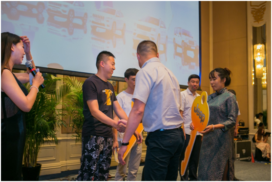 全球SUV领导品牌Jeep长春展后交车仪式盛大举行