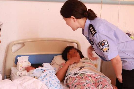图为漳州高速交警去医院看望产妇和孩子。图为漳州高速交警去医院看望产妇和孩子。