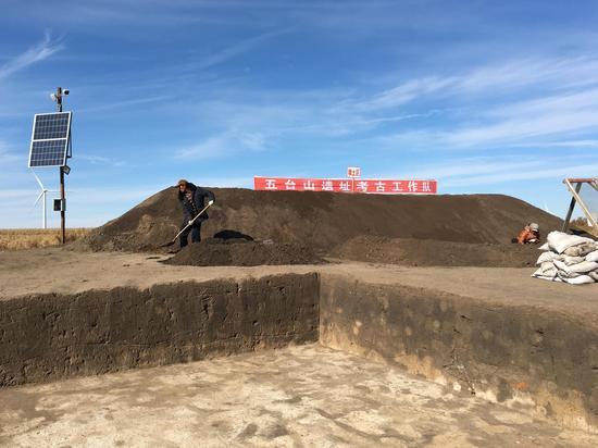 农安县永安乡五台山遗址考古发掘现场