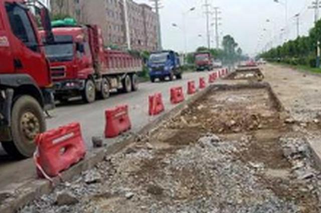 珲乌高速吉林段长春方向行车道修路 4月4日结束