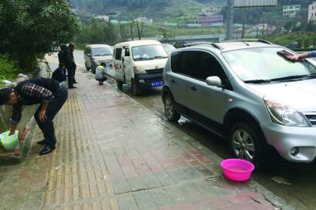 长春宽城、二道两区多部门联合执法 整治占道洗车