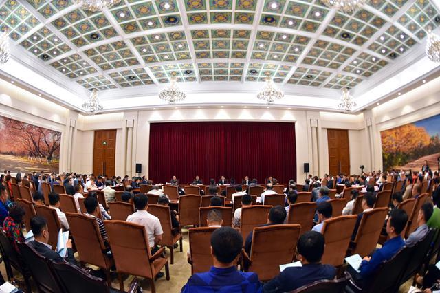 吉林省旅游产业推进大会召开 景俊海出席并讲话