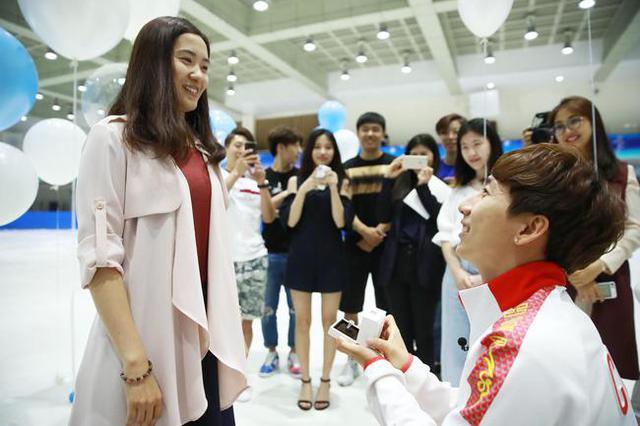 吉林短道速滑名将韩天宇将与队友刘秋宏大婚!