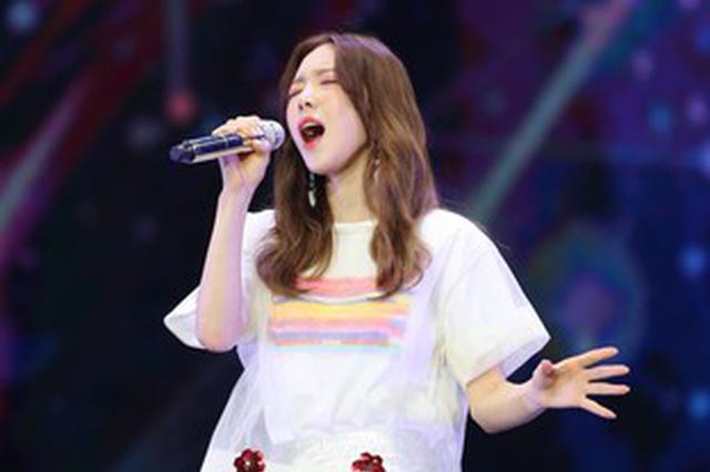 泰妍连续两次飙高音失败气到落泪:很伤自尊心