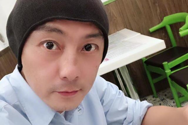 网传涉毒被捕影片 张卫健搞笑澄清:动作挺像被捕