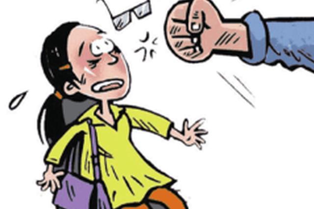 广西一男子自称酒后有暴力倾向 专挑小孩下手被刑拘