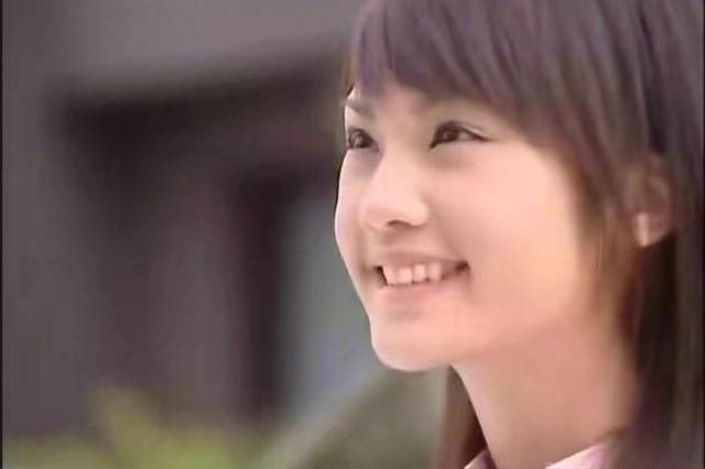 杨丞琳微博晒12年前后对比照 网友大赞其冻龄有方