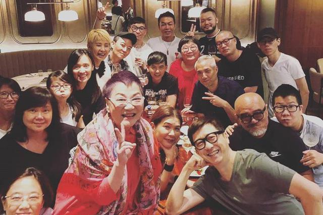 台综艺教母张小燕过70岁大寿 庆生宴变大咖派对