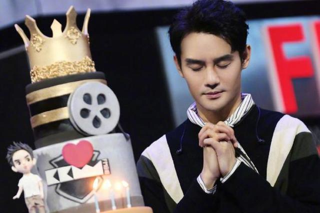 刘涛晒照为王凯庆生:希望你许下的心愿都能实现