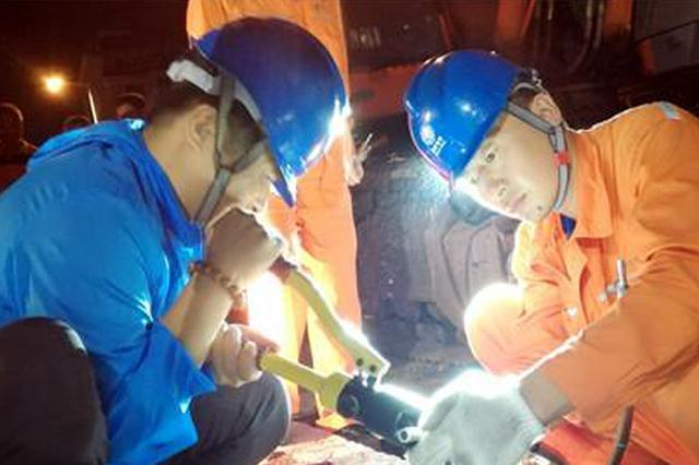 施工挖断电缆 延吉供电部门连夜抢修