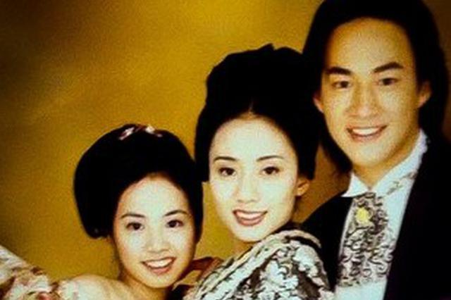 """师姐出卖合照 蔡依林20年前""""婴儿肥嫩样""""曝光"""