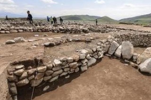 吉林长白山区新发现一处青铜时代遗址