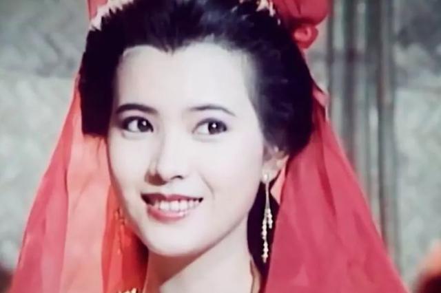 """香港资深娱记曝蓝洁瑛""""未遭性侵"""" 但未拿更多证据"""
