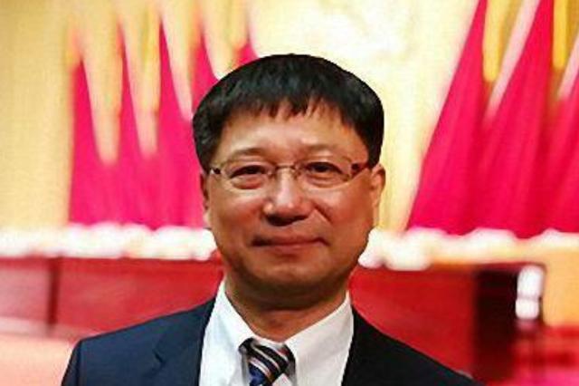 中共中央、国务院决定张希任吉林大学校长