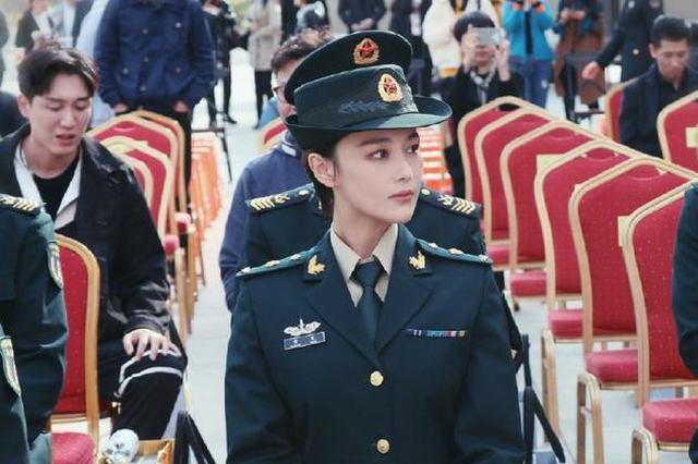 张馨予被喊军嫂发文感慨:我从不敢以军嫂自居