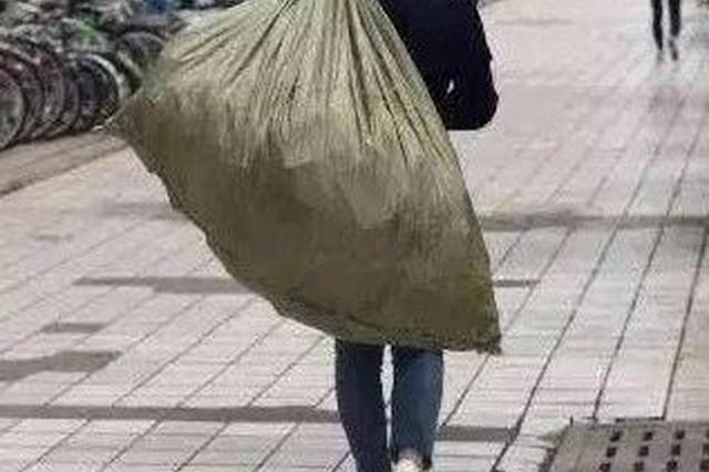 夫妻俩在延吉作案多起落网 被抓时还端着偷来的酸菜