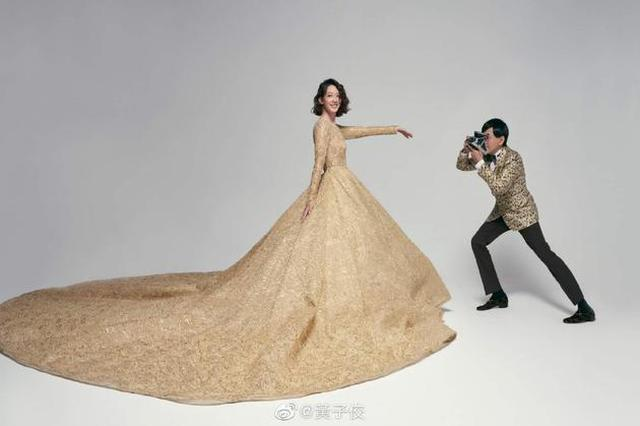 黄子佼晒与孟耿如婚纱照 半蹲为爱妻拍摄浪漫幸福