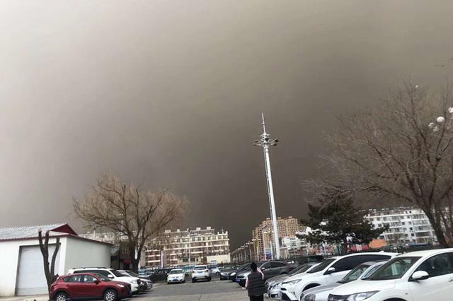 4月3日 白城市出现浮尘天气!如同大片!