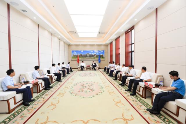 """华为与吉林大学举行会谈 推动合作迈入""""深水区"""""""
