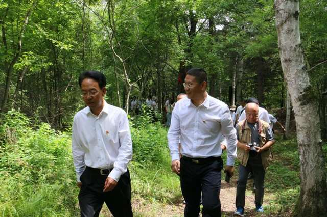 陈鸿罡调研池南区:狠抓老黑河遗址、全域旅游、产业扶贫三项重点工作