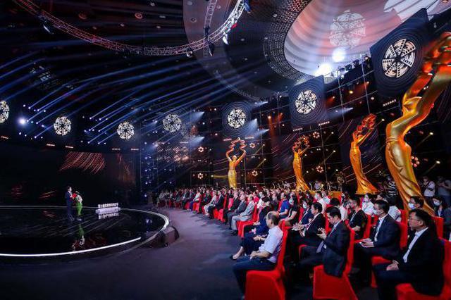 第十届北京国际电影节落幕 特别节目再现电影人情怀
