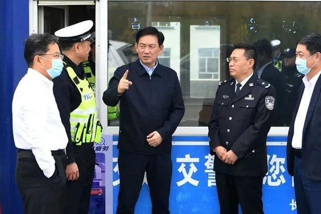 张志军:深刻汲取教训 坚决遏制重特大交通事故发生