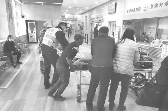吉林高速公安为生命垂危伤者保驾护航