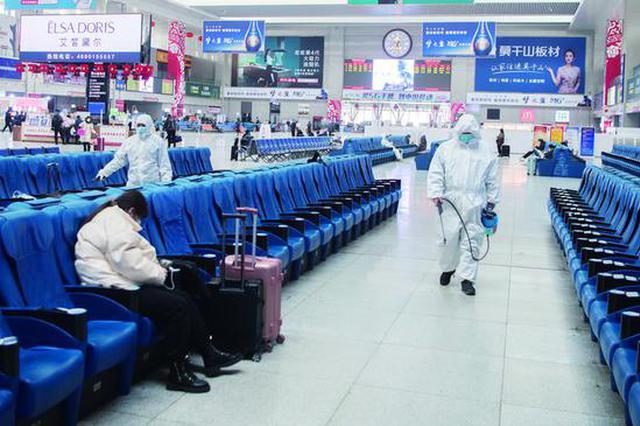 长春站:防控服务两不误