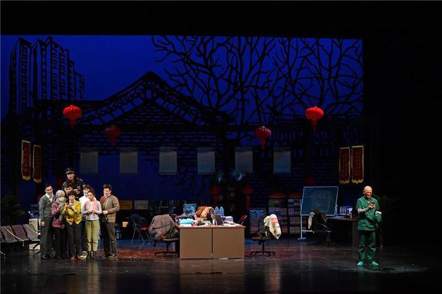 《茶馆》等北京人艺看家戏春节展播 濮存昕、冯远征在线开讲