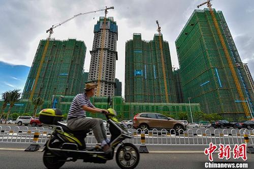 资料图:在建地产项目。 中新社记者 骆云飞 摄