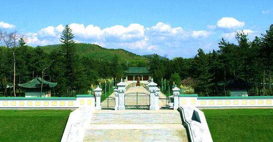 靖宇陵园全景