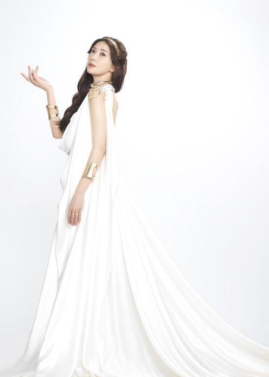 林志玲化身雅典娜女神