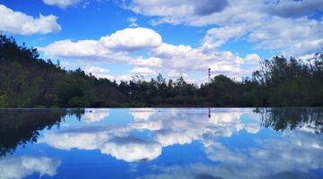温柔五月 蓝天白云