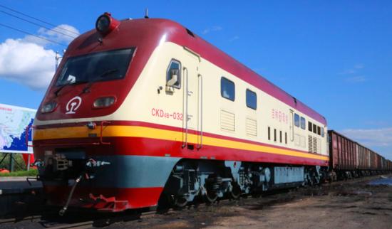珲春—扎鲁比诺—釜山铁海联运航线进口海外原料成功试水