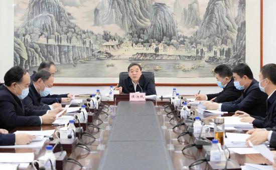 吉林省委政法委员会召开全体会议