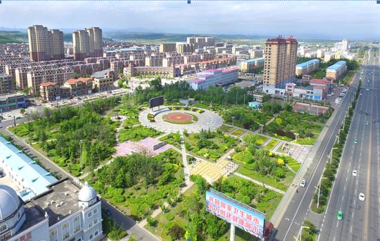 珲春市推进园林绿化工作综述
