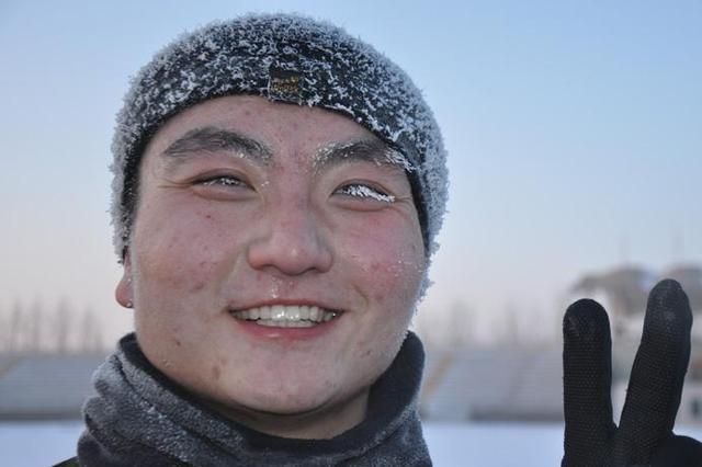 长春消防寒冬时节练精兵 头上结满霜