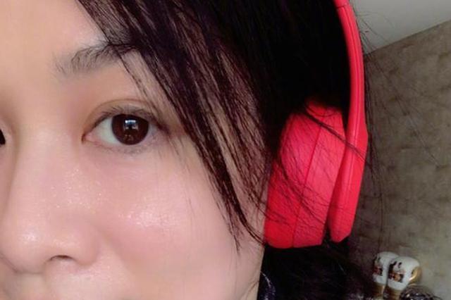 47岁钟丽缇爱上运动 晒素颜运动照面色红润气色好