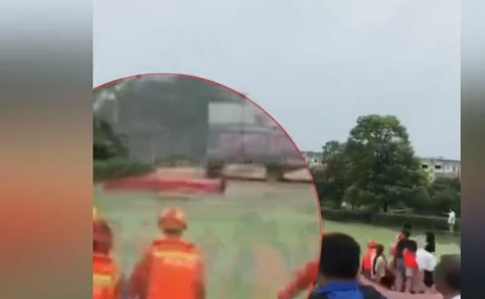 新余一急救船因水流湍急被冲翻 一女子遇难