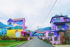 宛如童话王国般的江西彩色村
