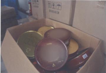 赣州一男子因销售假月饼获刑一年八个月。