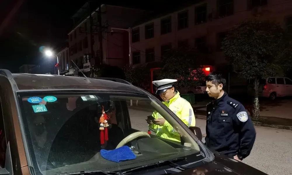 清明假期东乡交警查获16起酒驾违法行为