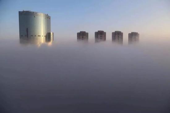首场大雾!只有9℃!今早南昌是这样的…
